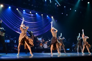 dancers8.JPG