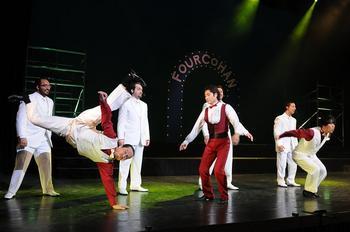 dancerssingers3.JPG